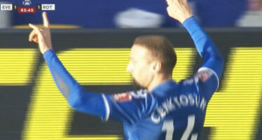 Kurdish campaigners urge Everton FC to act after Tosun fascist salute