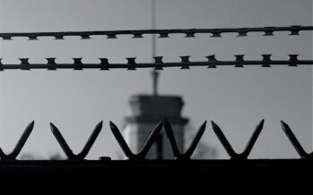 KURDISH HUNGER STRIKES.INTENSIFY DESPITE HOPES OF DIALOGUE